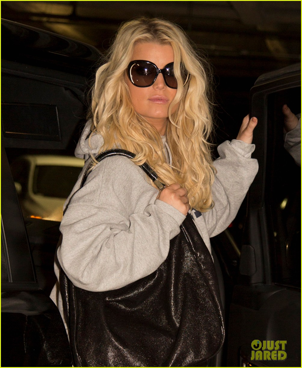 jessica simpson fitness fun in los angeles 042746411