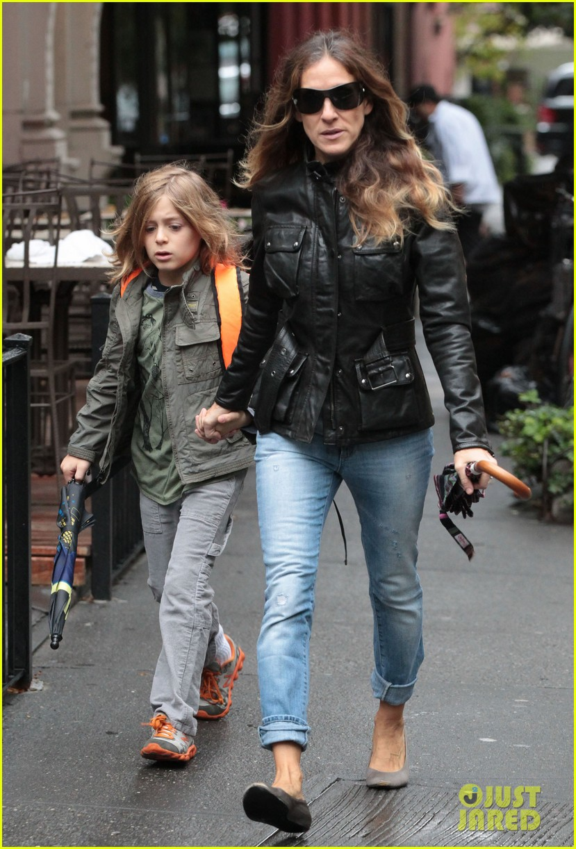 sarah jessica parker big apple morning with kids 03
