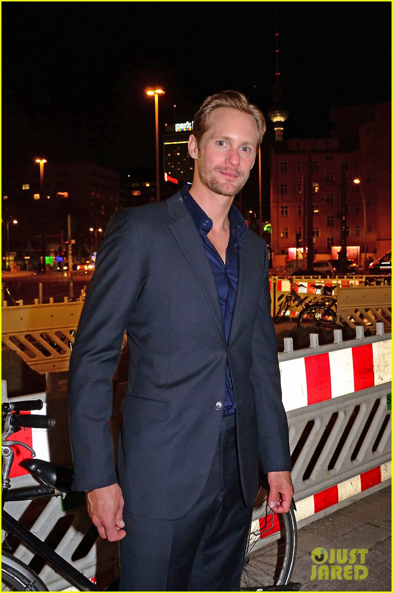 alexander skarsgard encounter launch berlin 042732211