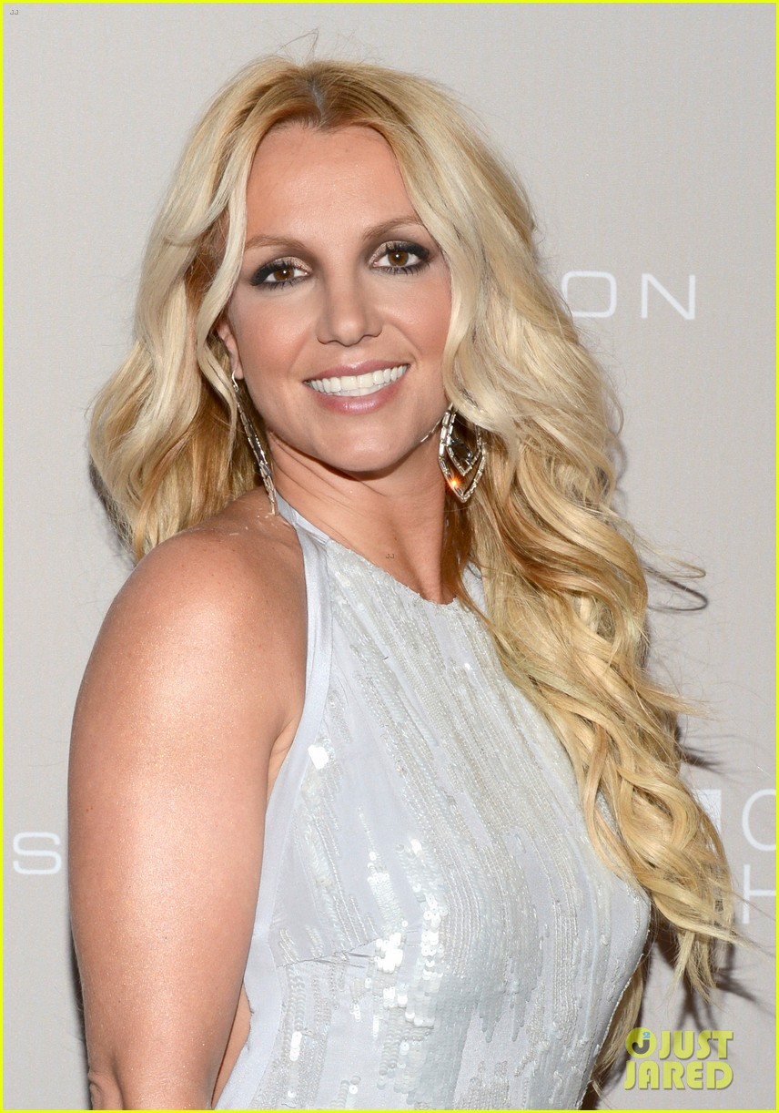 britney-spears-city-of-hope-gala-with-ja