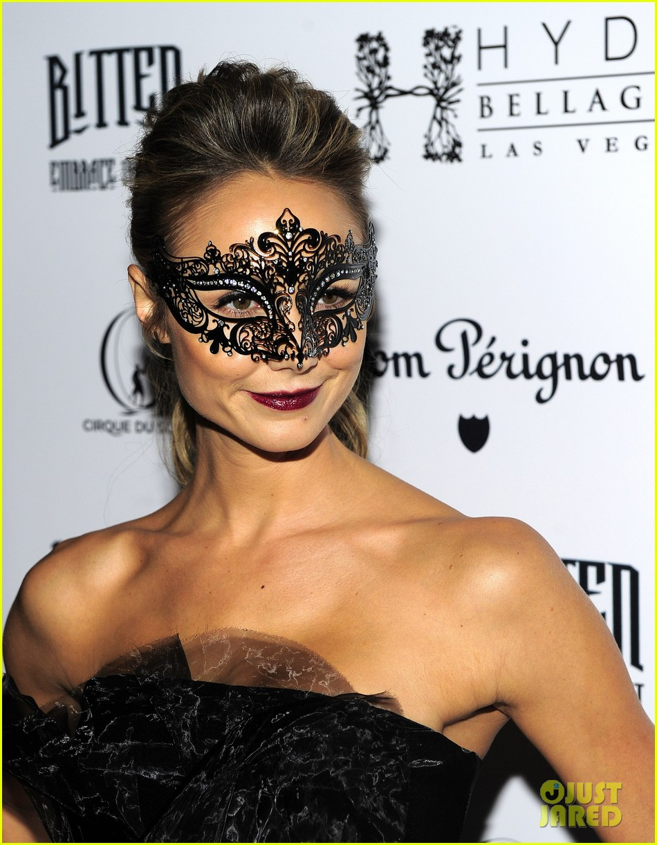 stacy keibler halloween masquerade host 17