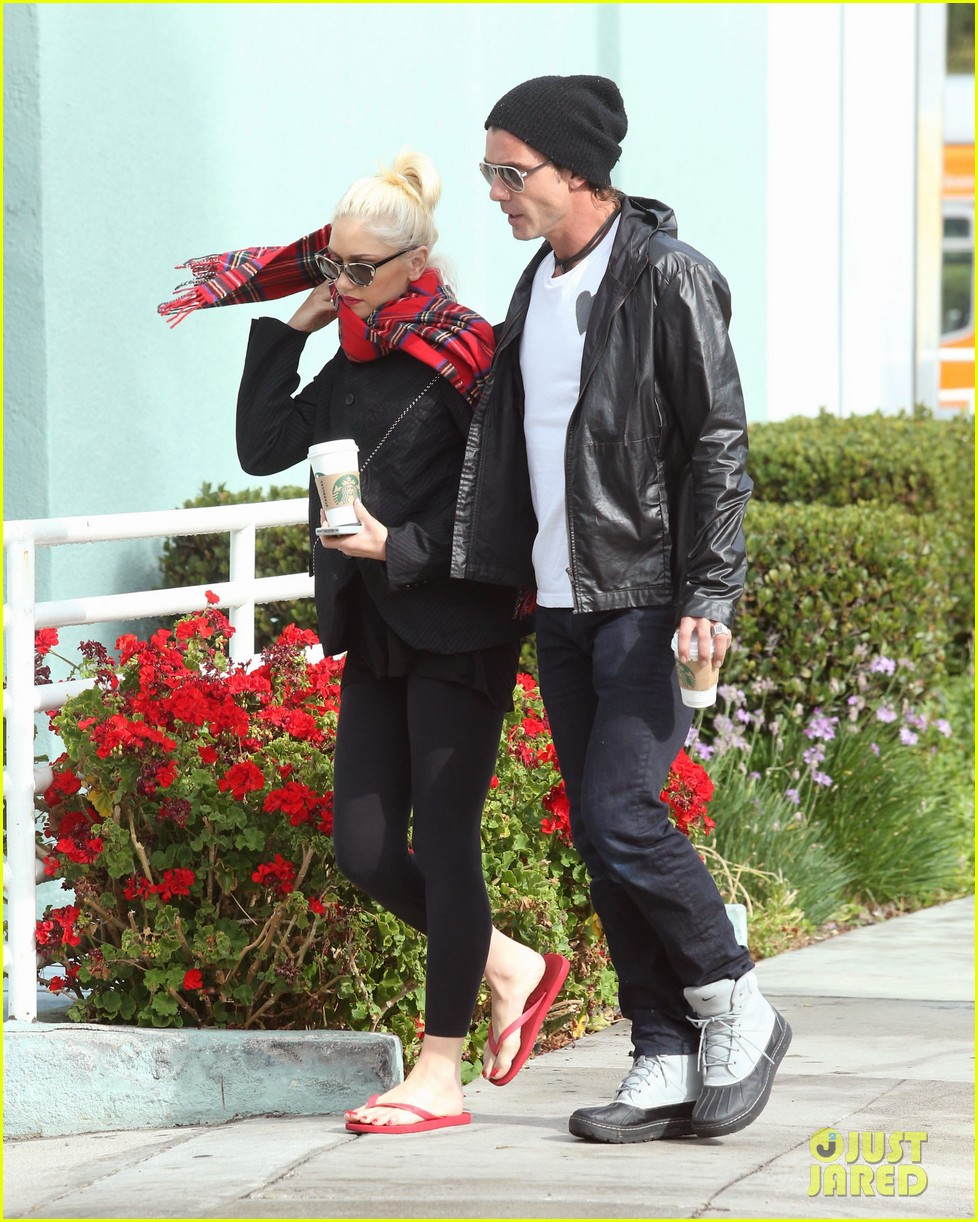 gwen stefani gavin rossdale coffee run studio city 042736540