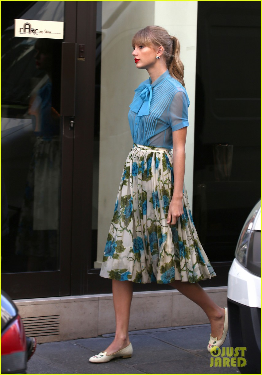 taylor swift begin again video shoot red preview clip 082731257