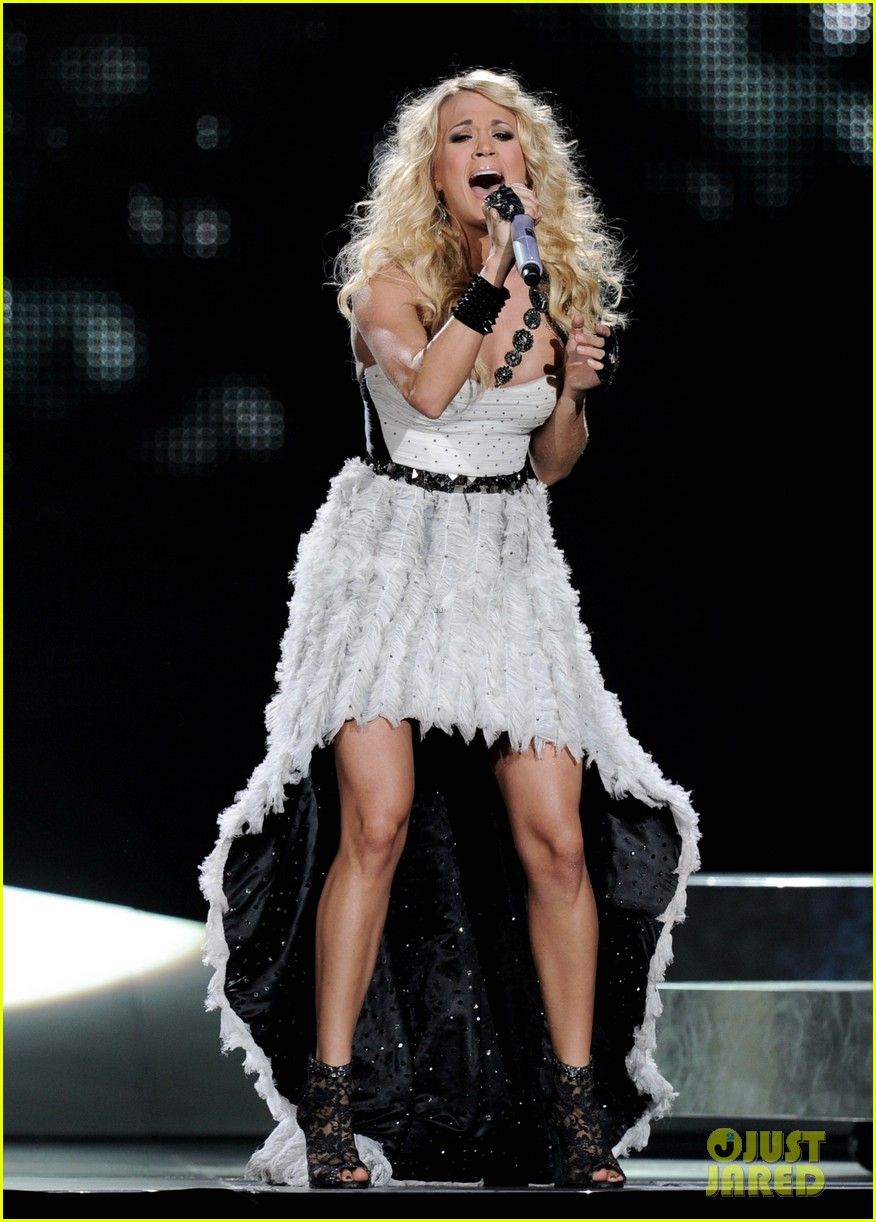carrie underwood blown away tour hits l a 02