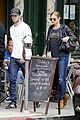 emily vancamp joshua bowman grocery shopping duo 03