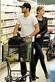 emily vancamp joshua bowman grocery shopping duo 13