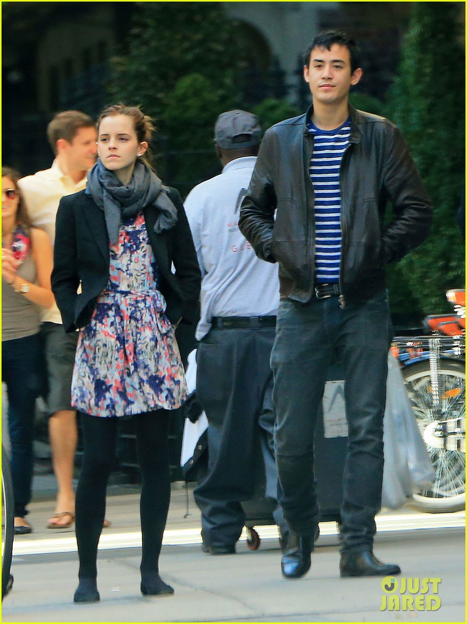 emma watson big apple stroll with will adamowicz 02