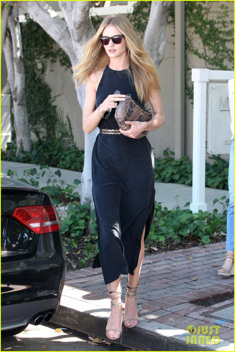 rosie huntington whiteley lunches in weho jason statham works in nola 012731405