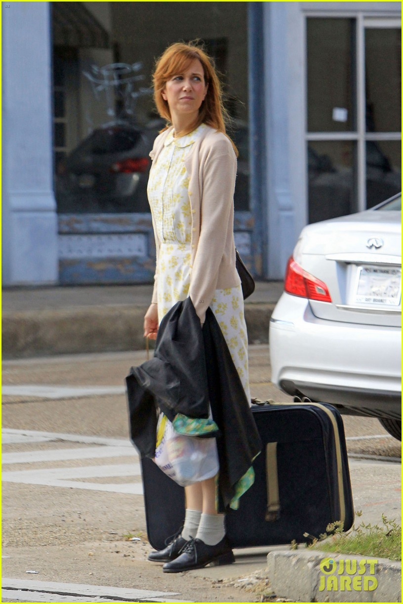 kristen wiig first look hateship set 022744379