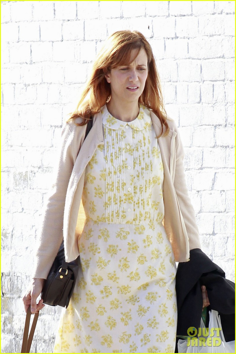 kristen wiig first look hateship set 03