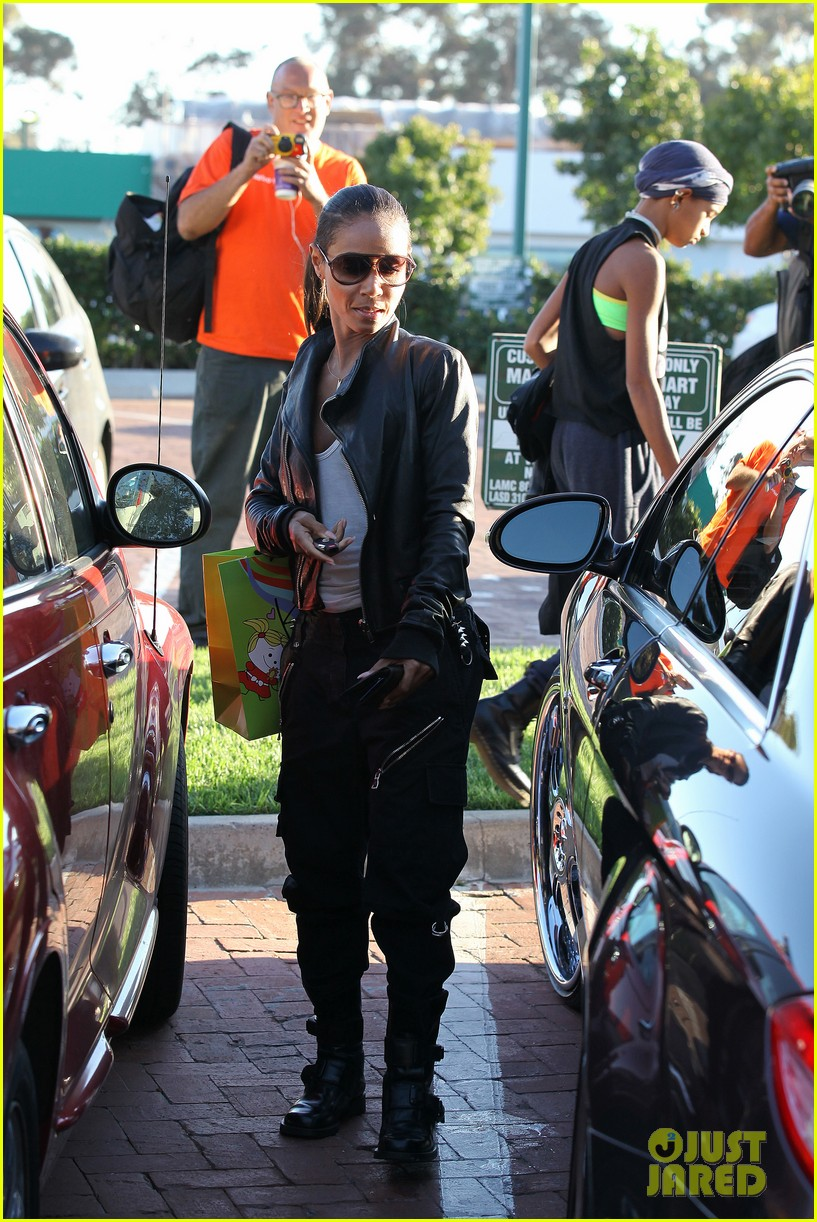 willow smith tra di noi lunch with mom jada 052739773