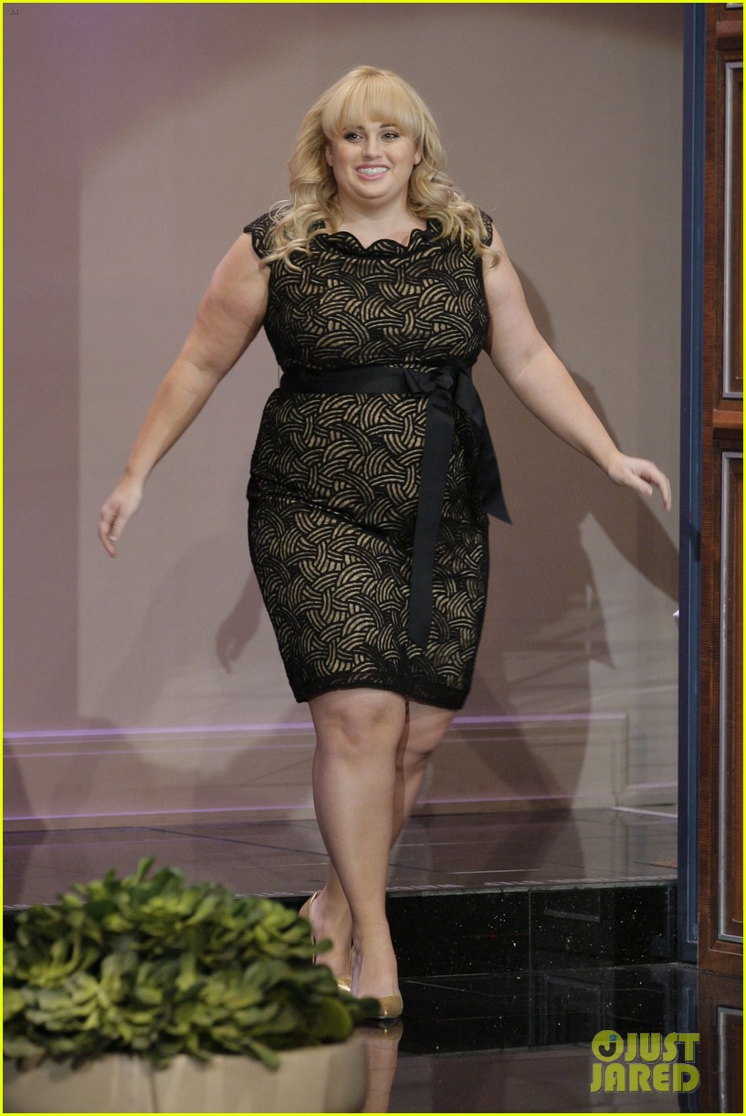 rebel wilson tonight show with jay leno appearance 02