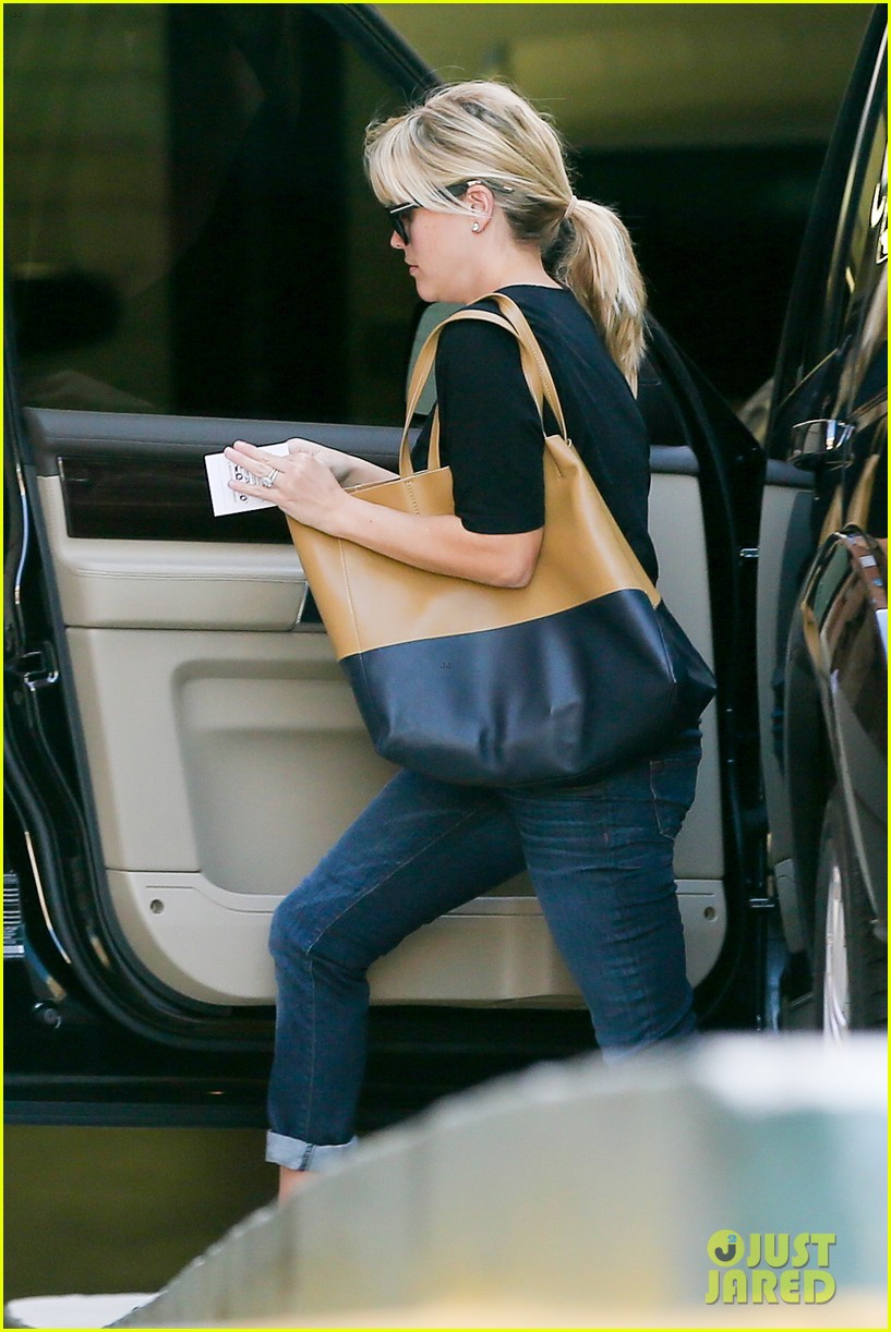 reese witherspoon post baby checkup with jim toth 012740730