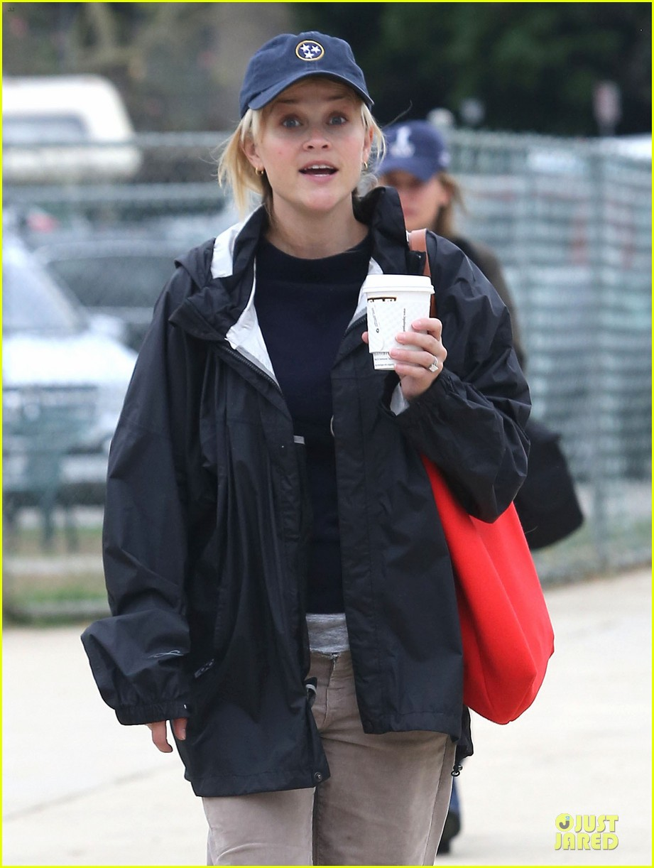 reese witherspoon jim toth deacons soccer game 022741610