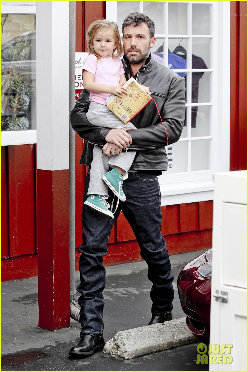 ben affleck daddys day with violet seraphina 042754034