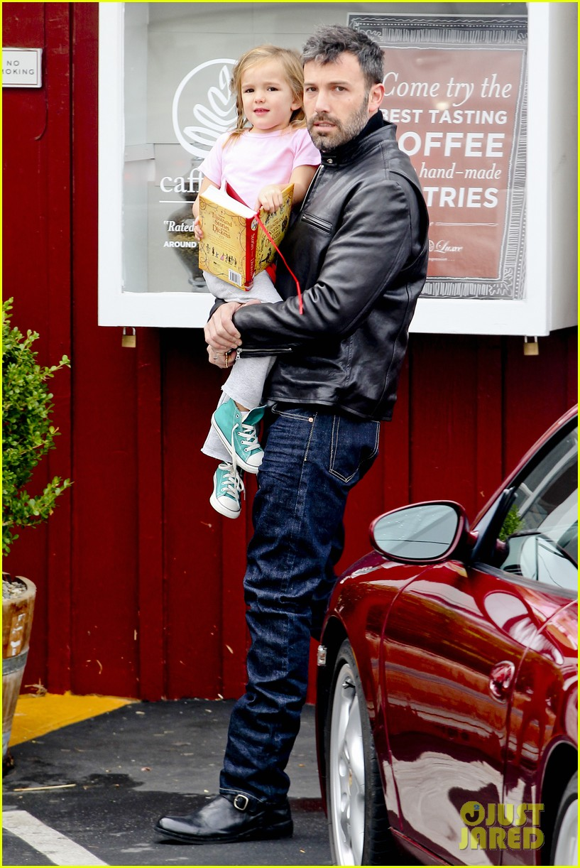 ben affleck daddys day with violet seraphina 22