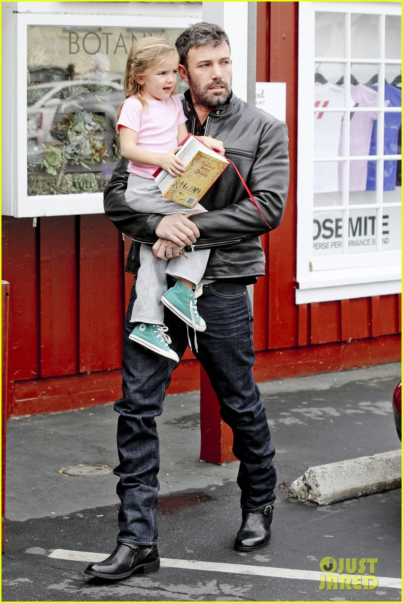ben affleck daddys day with violet seraphina 23