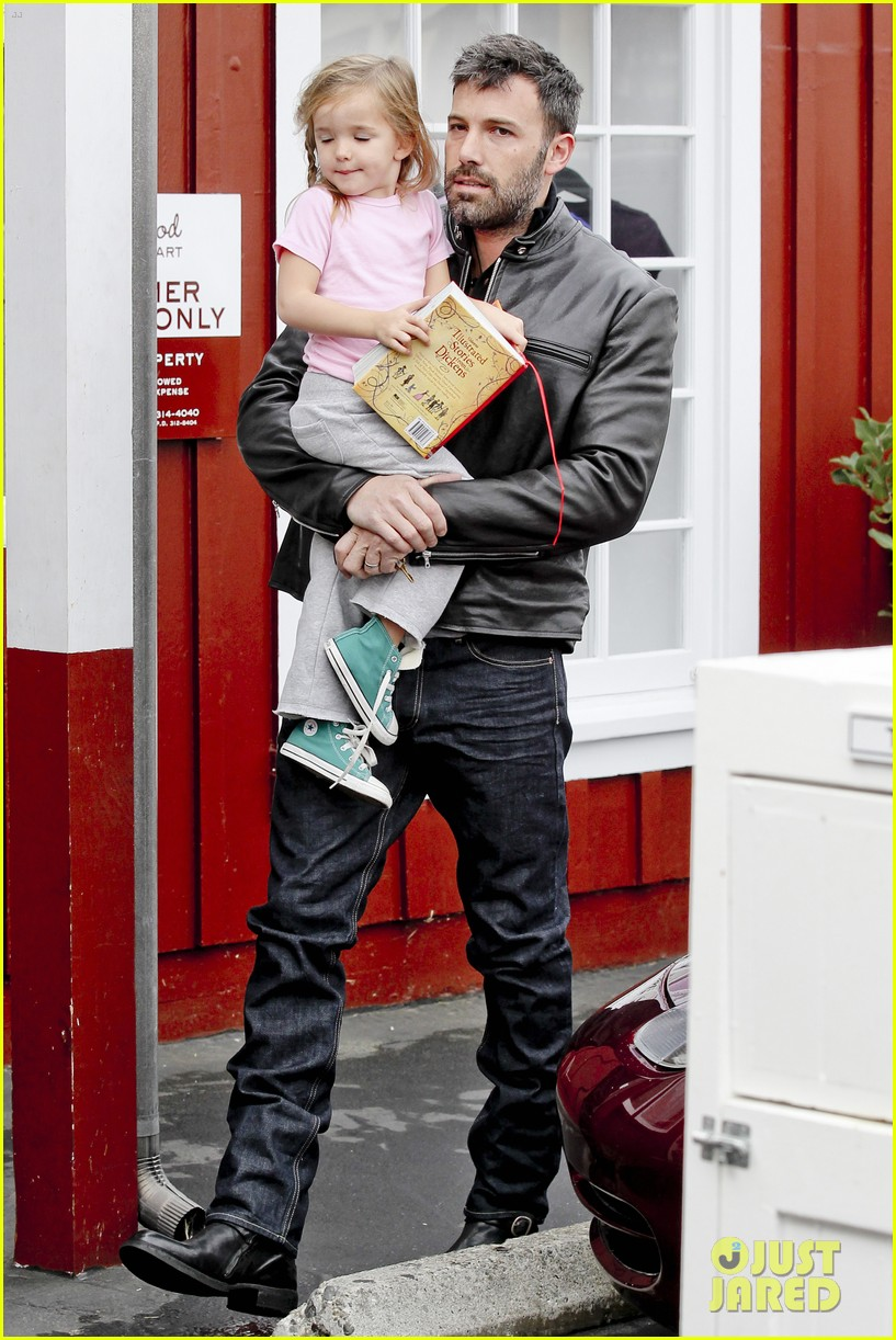 ben affleck daddys day with violet seraphina 27