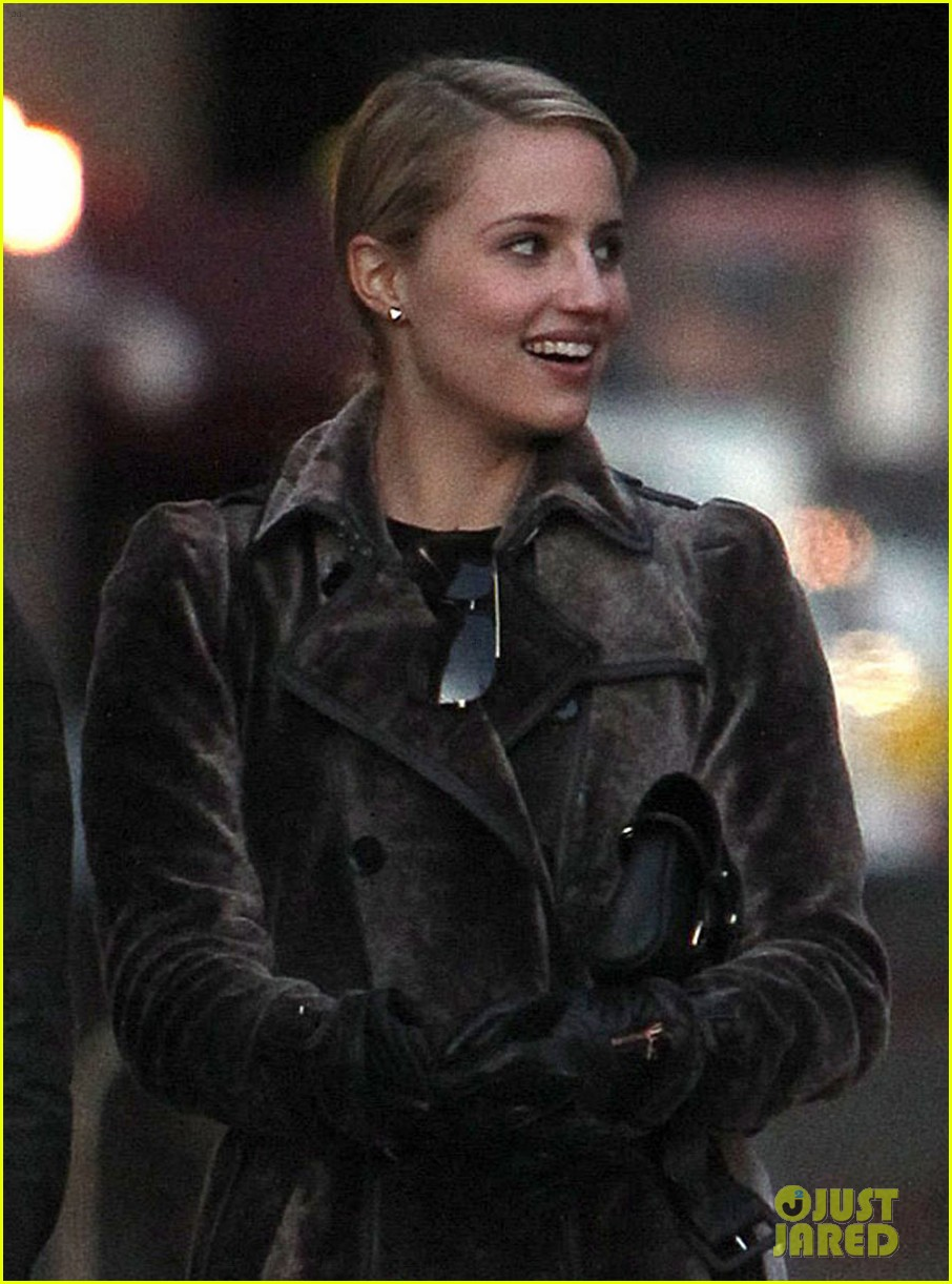 dianna agron christian cooke holding hands in nyc 012758332