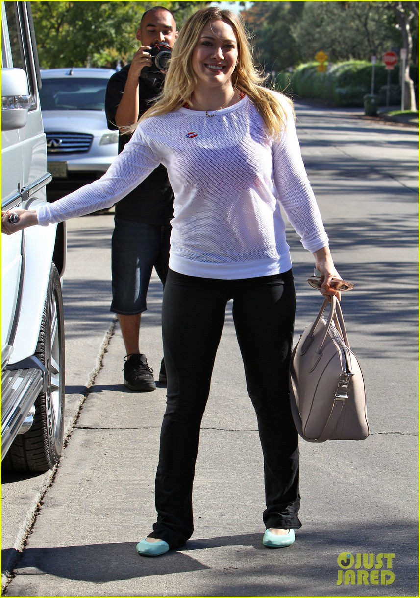 dianna agron hilary duff ladies who vote 19