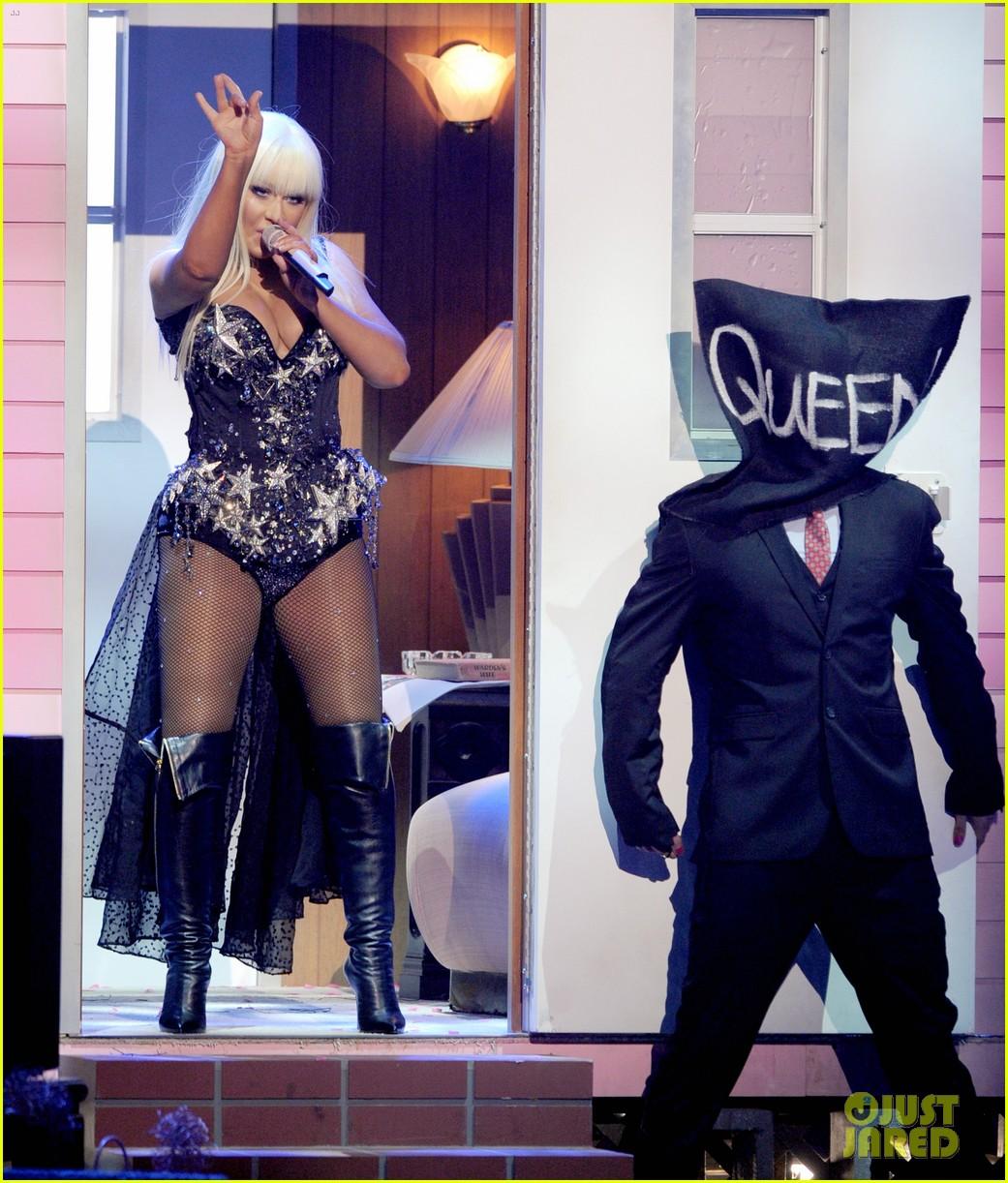 christina aguilera amas performance 2012 watch now 032760403