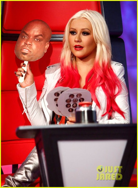 christina aguilera new song blank page listen now 03