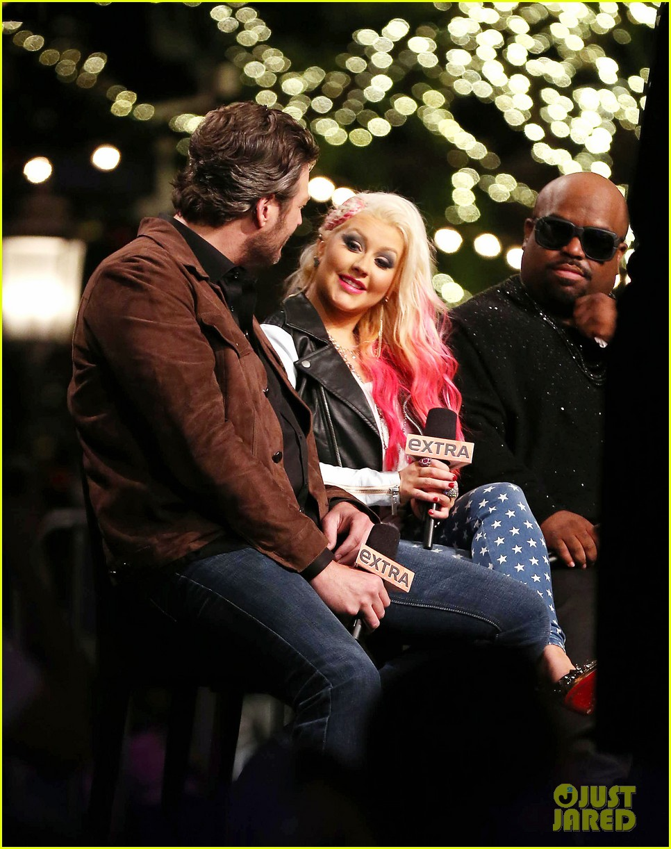 christina aguilera the voice at the grove 09