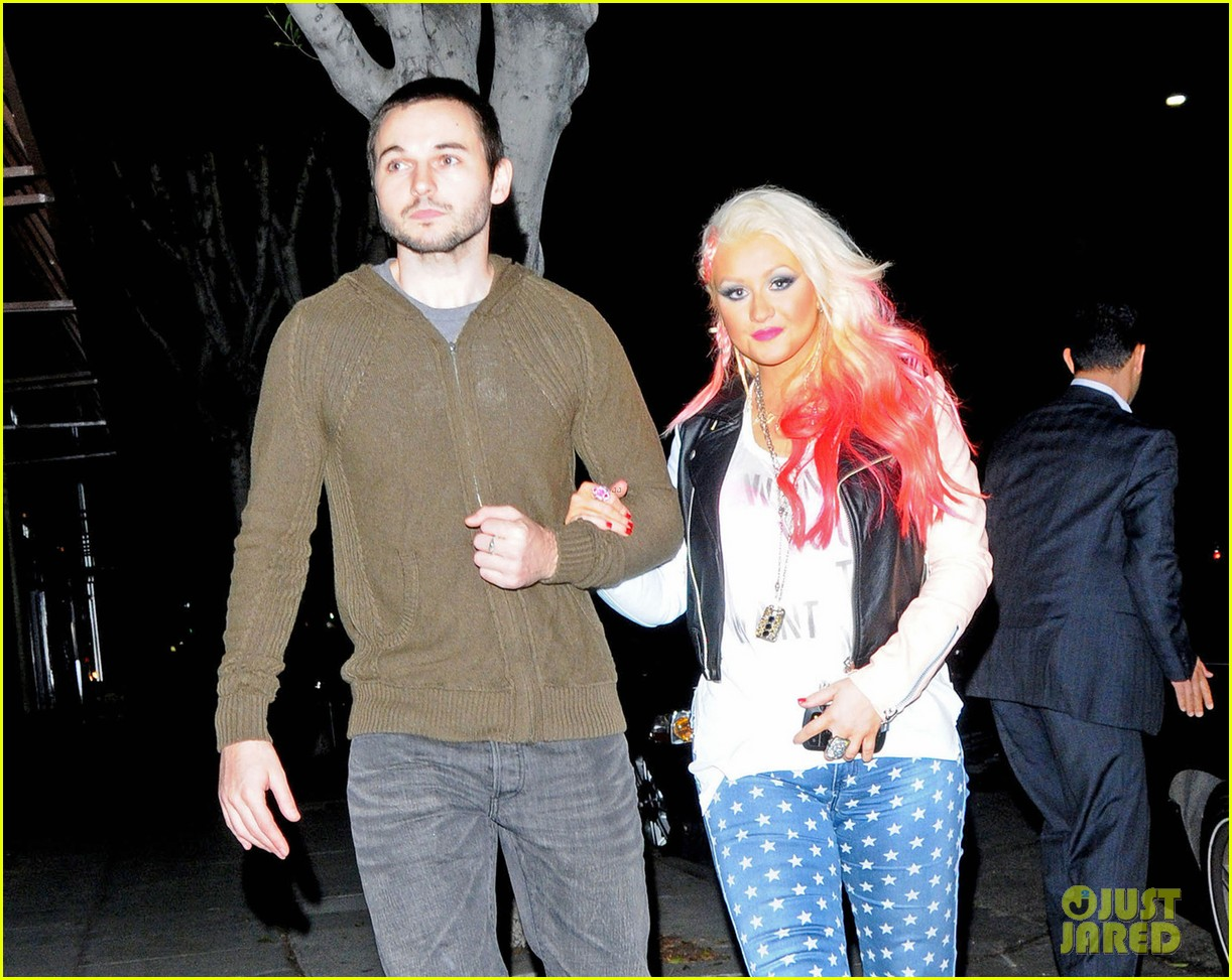 christina aguilera the voice at the grove 15