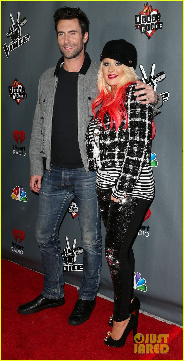 christina aguilera the voice final 12 party with adam levine 02