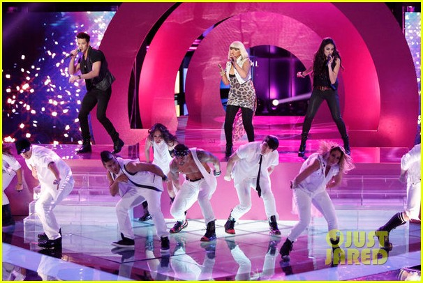 christina aguilera let there be love performance on the voice 072761782