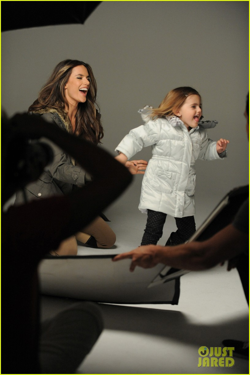 alessandra ambrosio london fog campaign with anja 14
