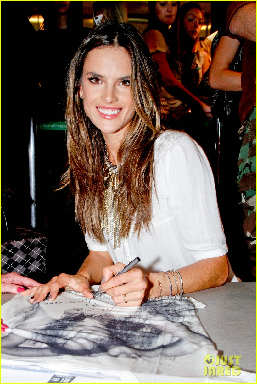 alessandra ambrosio colcci collection launch in rio 022759784