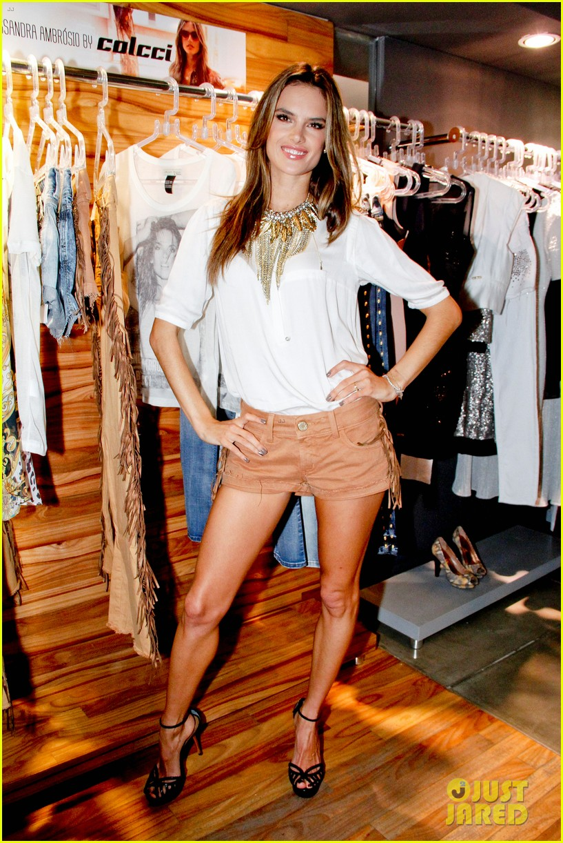 alessandra ambrosio colcci collection launch in rio 08
