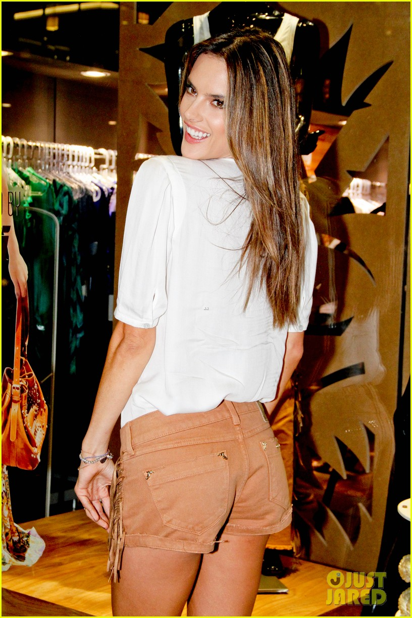 alessandra ambrosio colcci collection launch in rio 09