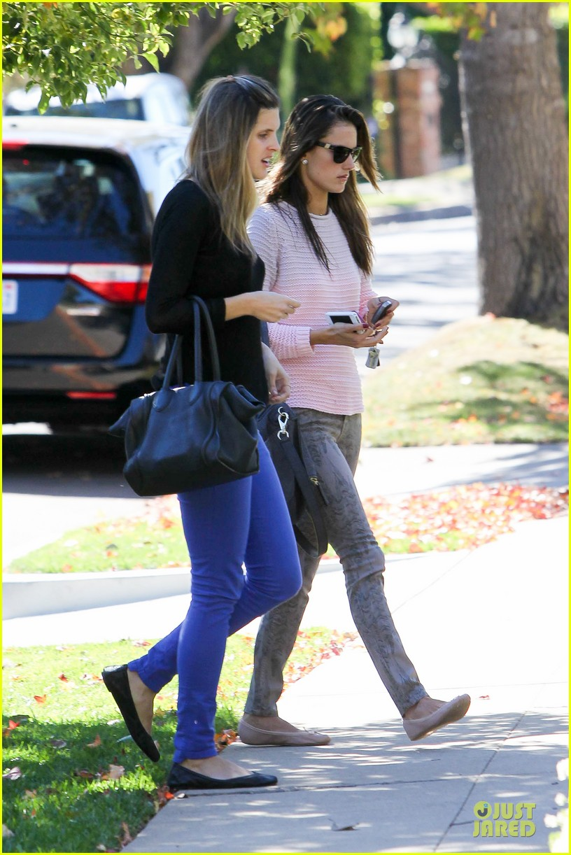 alessandra ambrosio park date with anja 14