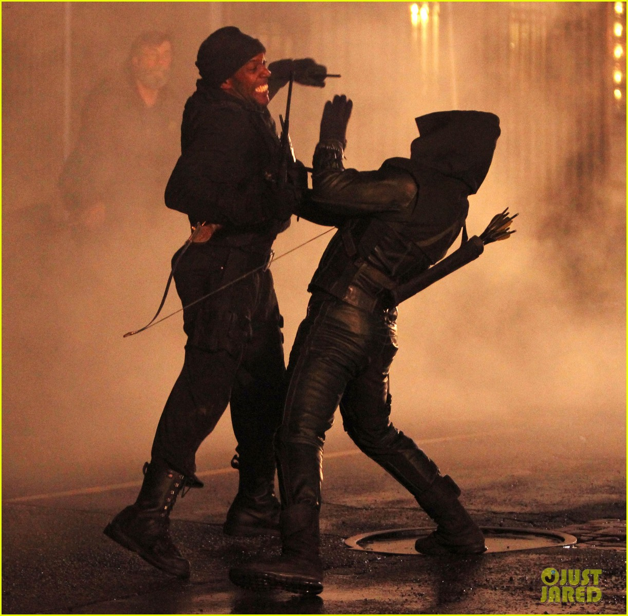 stephen amell arrow fight scenes 03