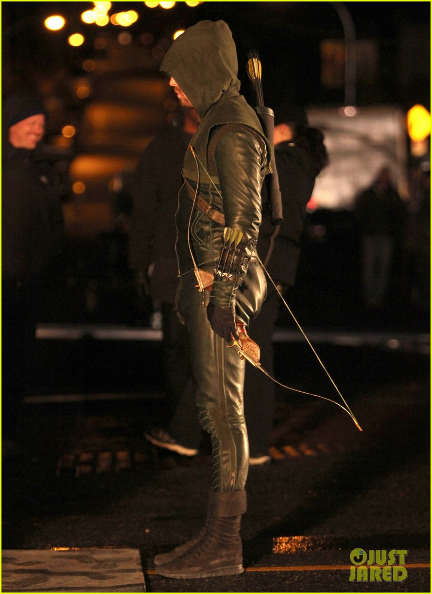 stephen amell arrow fight scenes 32