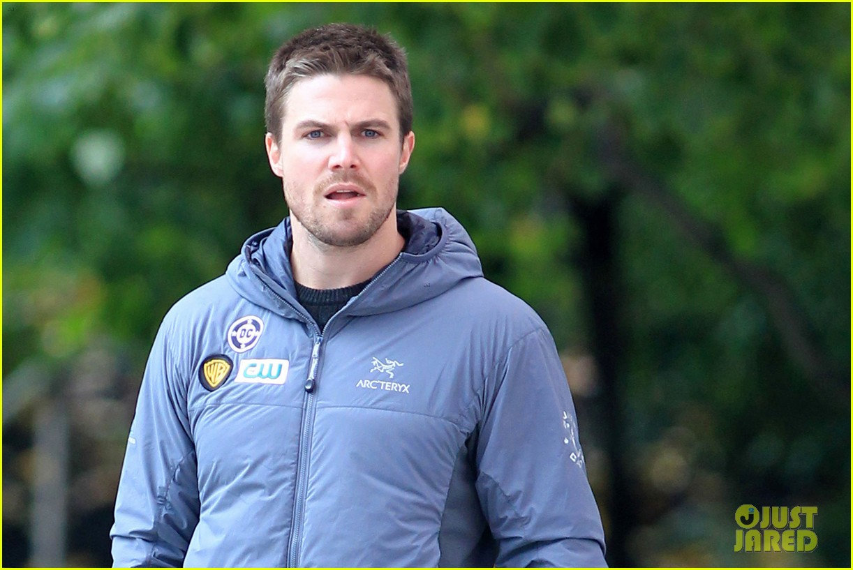 stephen amell arrow scenes 08
