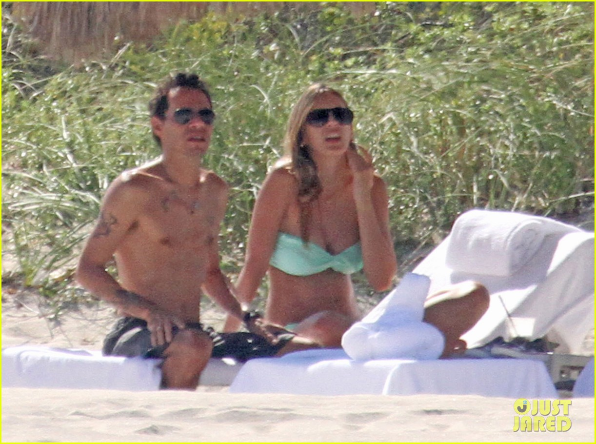 marc anthony shirtless with shannon de lima the twins 01