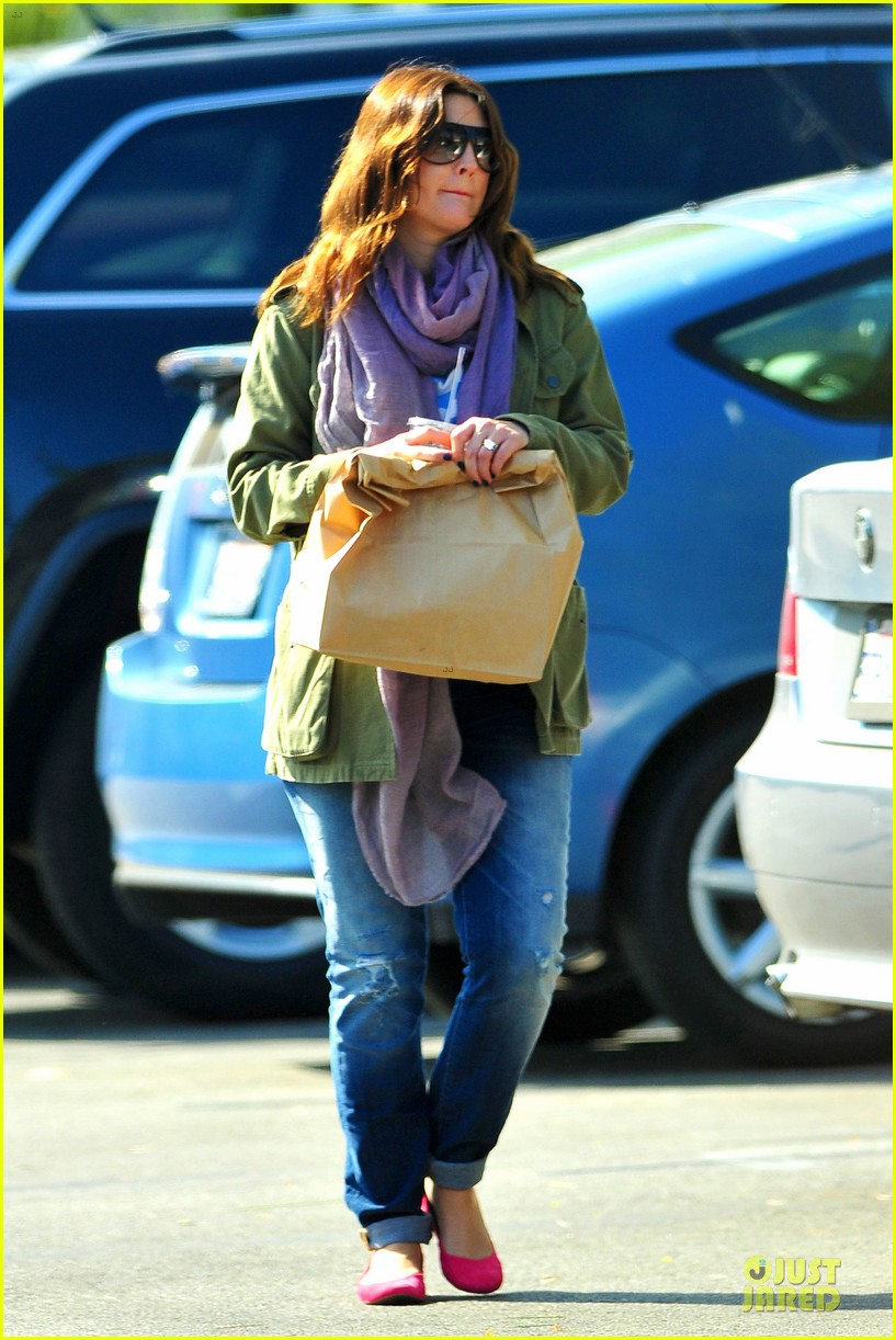 drew barrymore culver city lunch stop 03