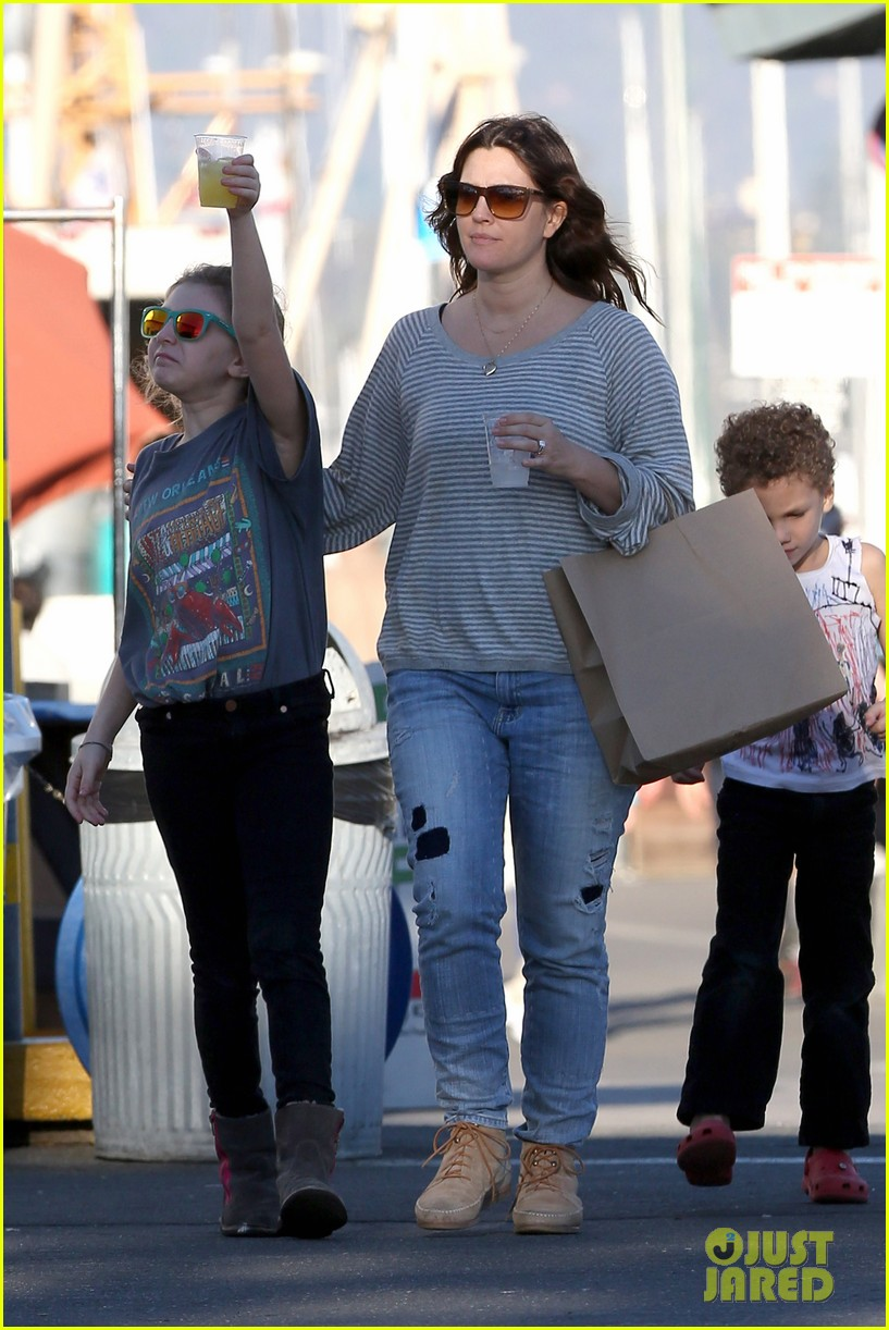 drew barrymore sunny santa barbara saturday 01