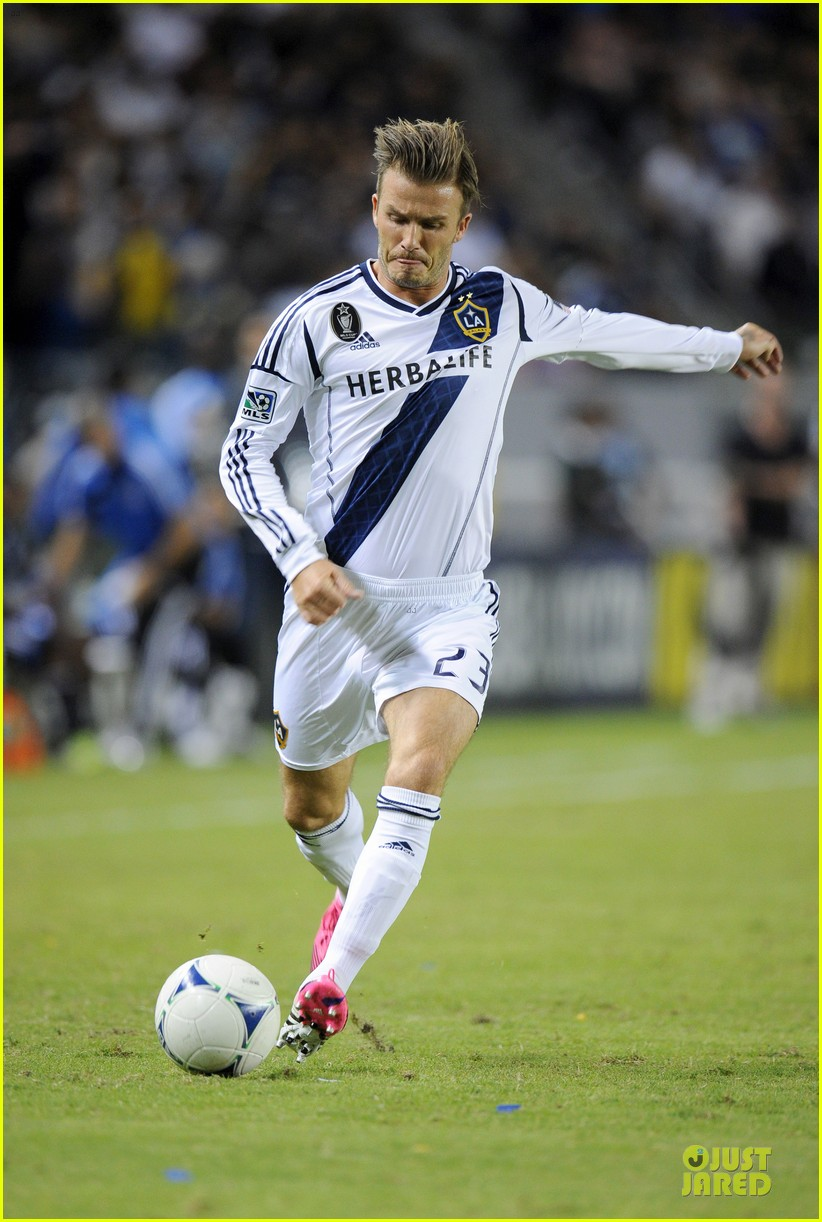 david beckham galaxy game with the boys 17