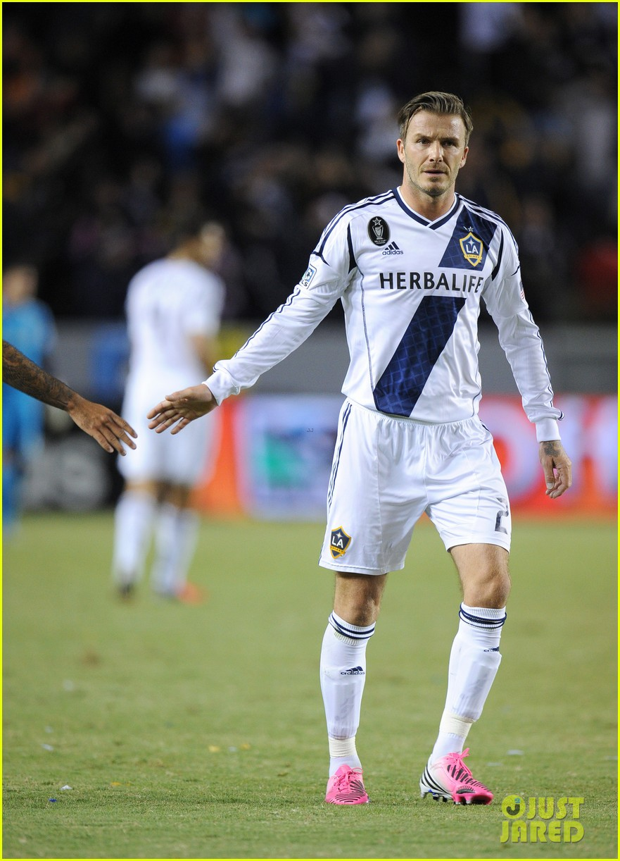 david beckham boys cheer him on at galaxy soccer game 01