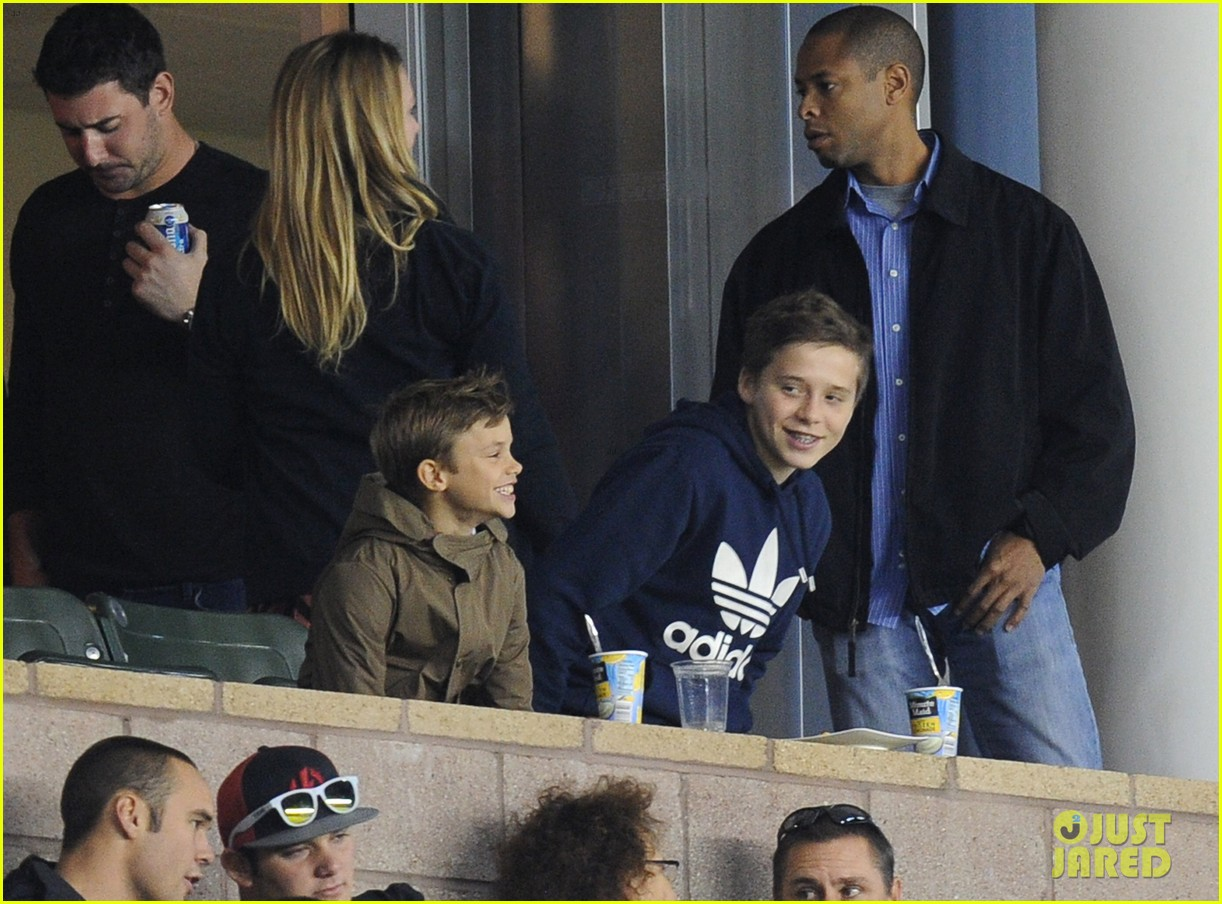 david beckham boys cheer him on at galaxy soccer game 05