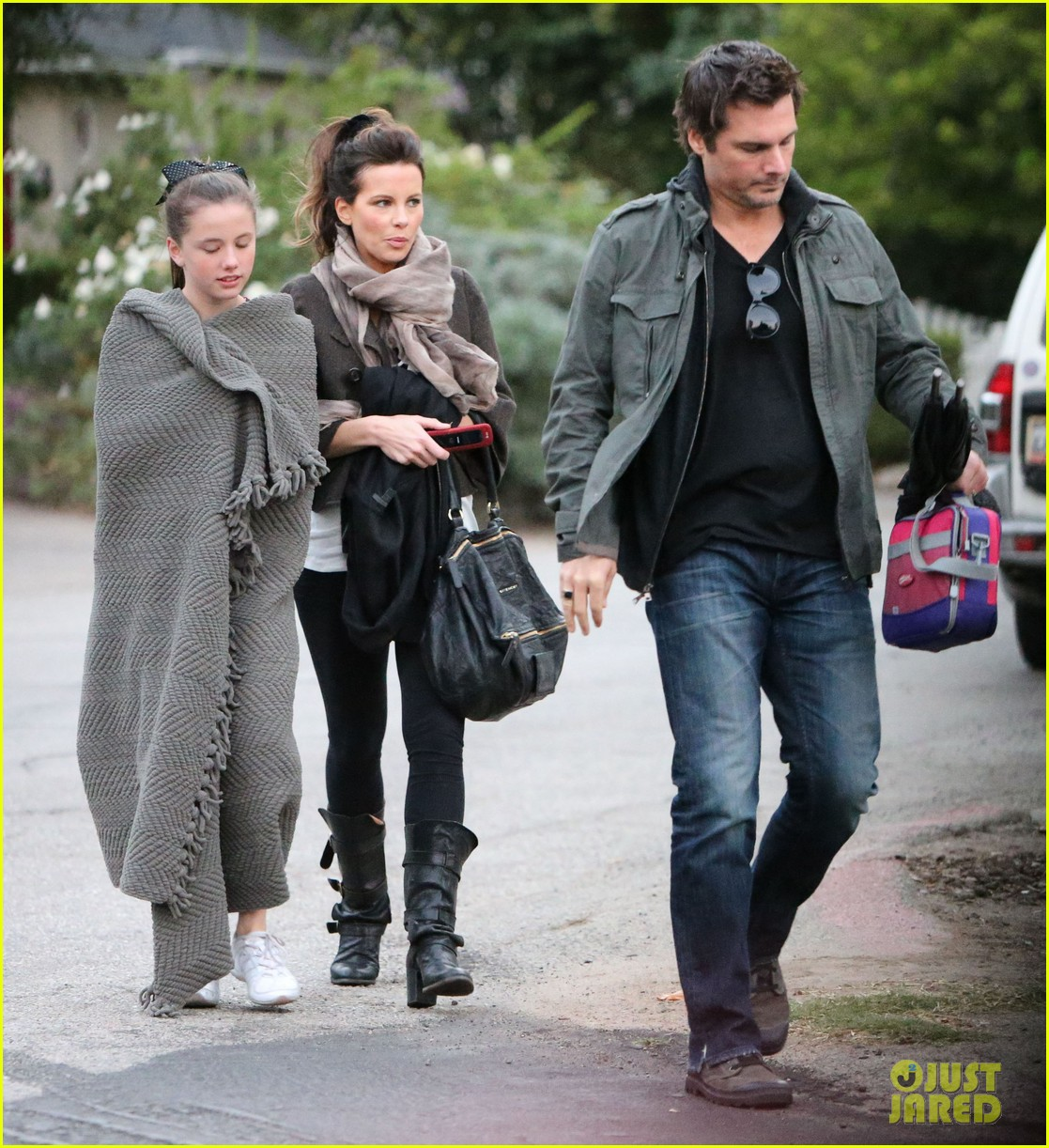 kate beckinsale family football game 21