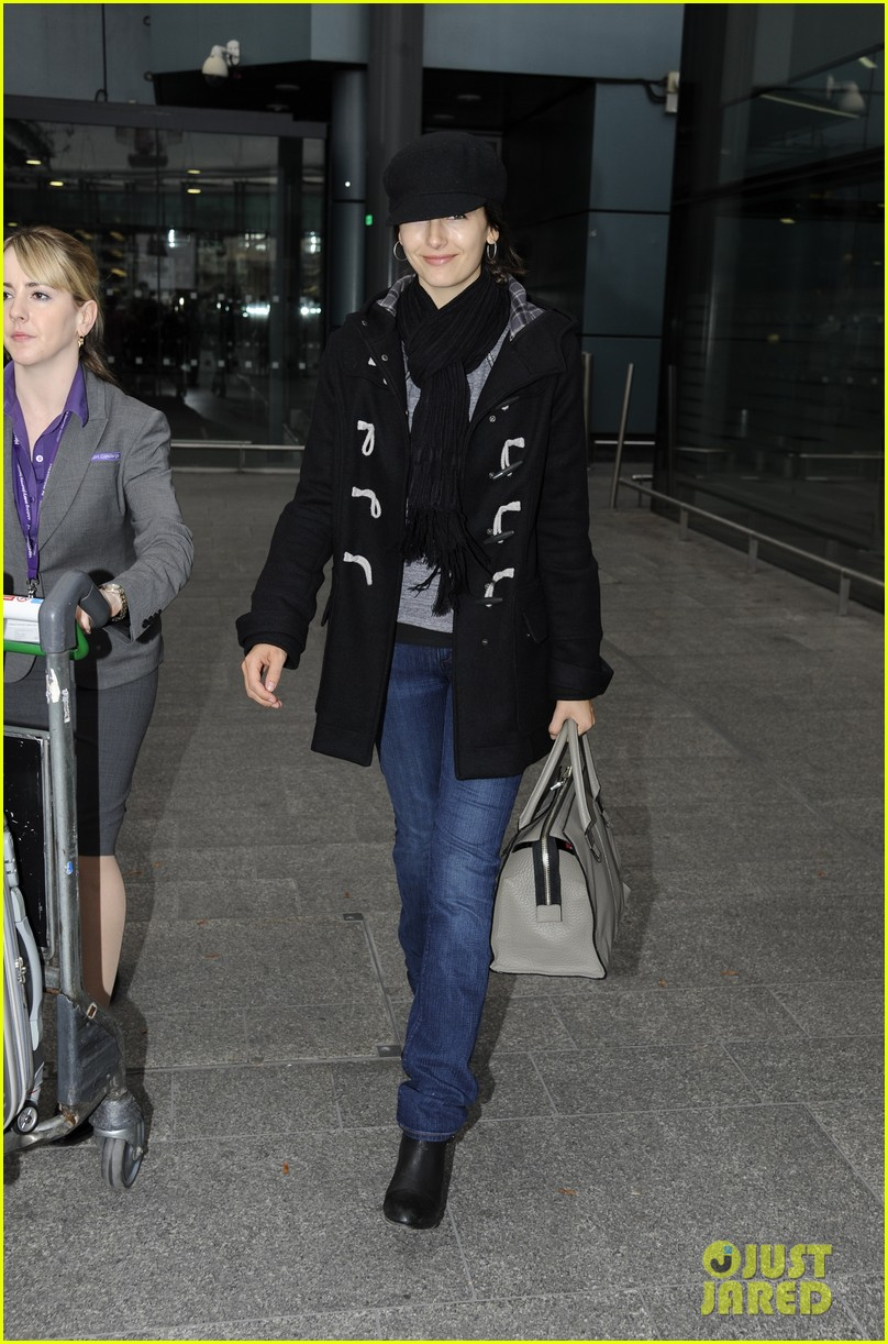 camilla belle london here we go 01