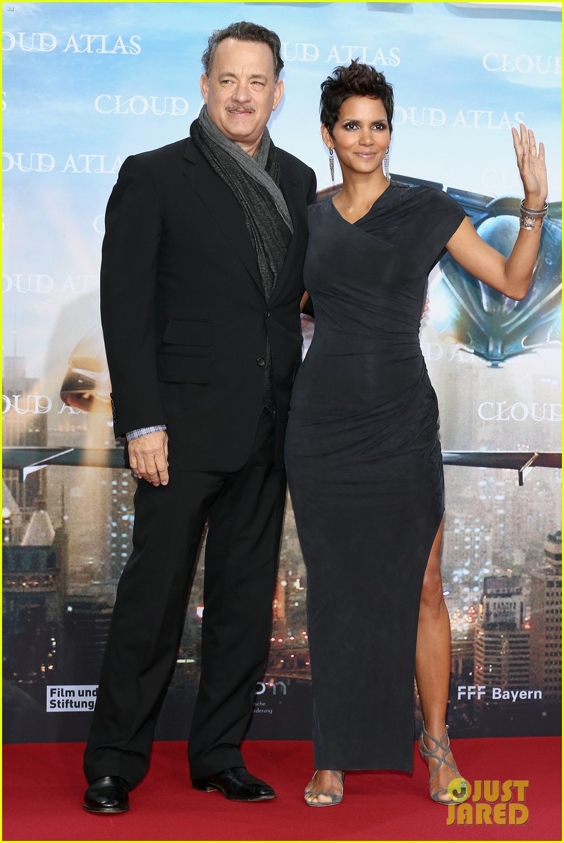 halle berry tom hanks cloud atlas berlin premiere 07