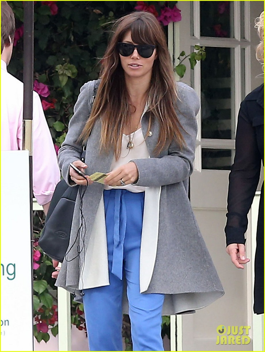 jessica biel ivy by the shore lunch 12