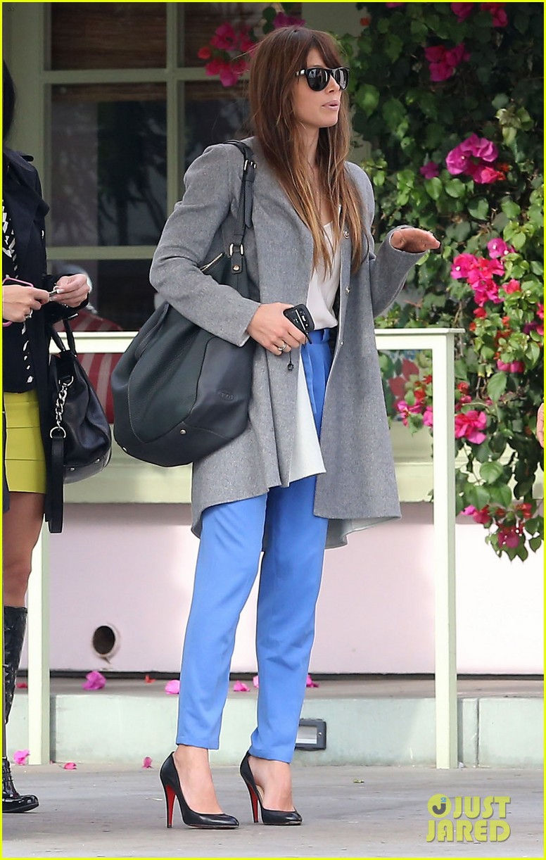 jessica biel ivy by the shore lunch 15