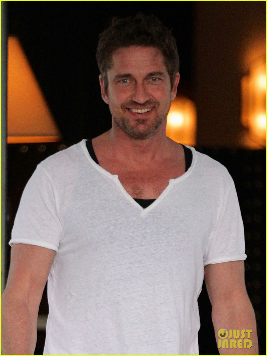 gerard butler miami hotel exit 02